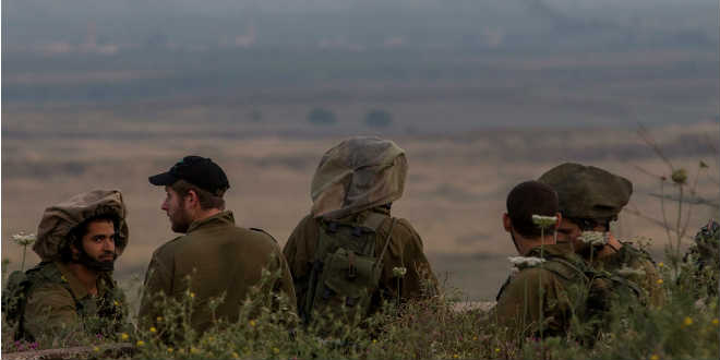 IDF soldiers border
