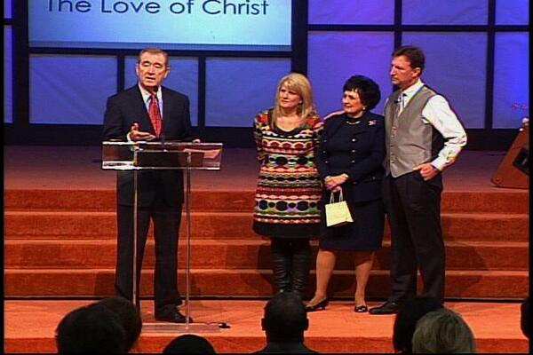 Pastors Happy & Jeanne Caldwell (right) welcome Dr.and Mrs. Scott & Loretta Stewart (left) as their successors at Agape Church in Little Rock