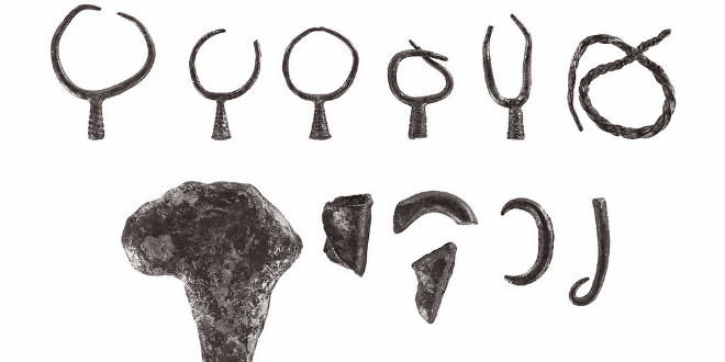 Archaeologists Uncover 3,200-year-old Silver Earrings in Israel