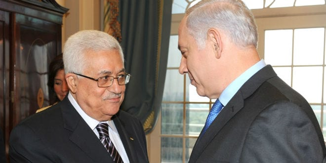 Israeli Prime Minister Benjamin Netanyahu meets with Palestinian President Mahmoud Abbas at the Peace Conference in Washington DC. September 02, 2010. (Photo: Moshe Milner/GPO/FLASH90)