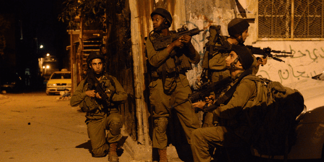 Palestinian Troops Claim Victory Over IDF in Hebron; Arab MK Threatens New Intifada [WATCH]
