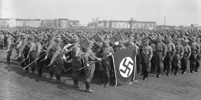 Nazi gathering in Berlin, 1933. (Photo: German Federal Archives)