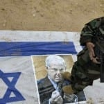 ISIS in Israel's Backyard: Terror Group Calls for Hamas, PA Coup