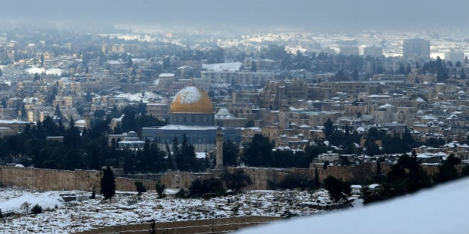The Dome of the Rock and the Old City of Jerusalem seen from Mount of Olives seen on the third day of a major snow storm that hit the capital region on Saturday, December 14, 2013. (Photo: Nati Shohat/Flash 90)