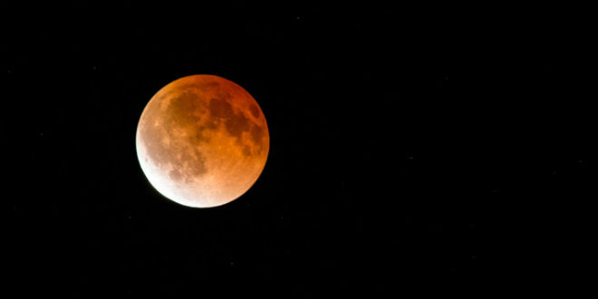 BLOOD MOON 2015: Full lunar eclipse sparks doomsday fears…