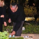 Netanyahu Pays Respects to Late Brother Yoni Ahead of Israel's Memorial Day
