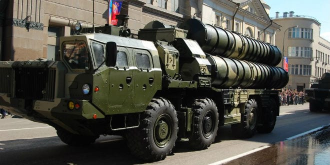Russian S-300 missile launcher. (Photo: Anton/ Wiki Commons)