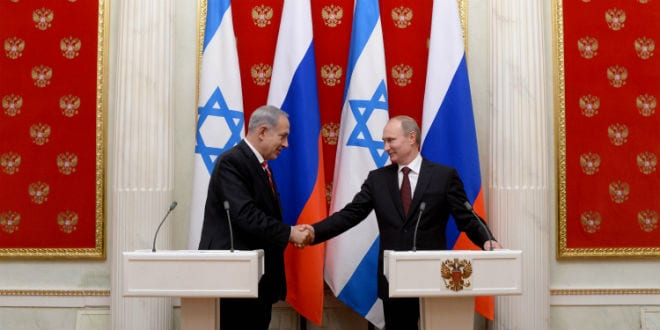 Russian President Vladimir Putin (R) and Israeli Prime Minister Benjamin Netanyahu meeting in the Kremlin in Moscow in 2013. (Photo: Kobi Gideon/GPO/FLASH90)