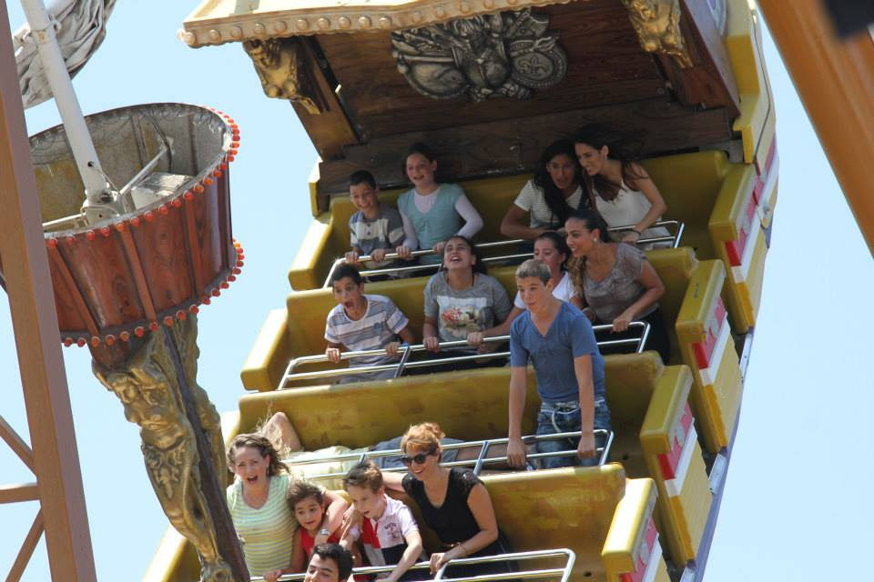 Widows and orphans have a day of fun sponsored by Colel Chabad at Luna Park, Tel Aviv. (Photo: Colel Chabad Facebook Page)