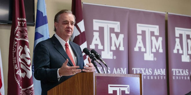 Chancellor John Sharp announcing the new $6 million research center in Haifa. (Photo: Texas A&M University)