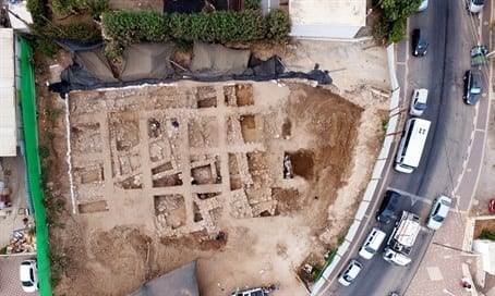 Remains of the citadel (Photo: Israel Antiquities Authority)
