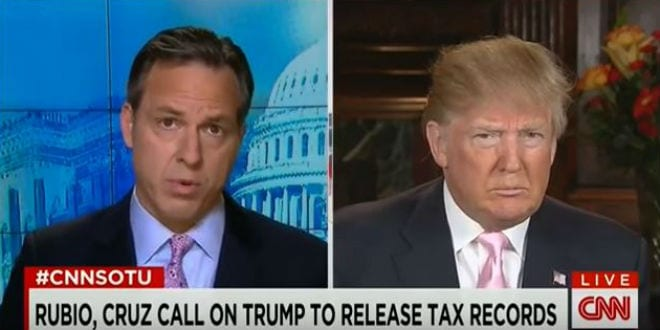 Jake Tapper (l) asking Trump on CNN whether or not he will condemn the KKK. (Photo: YouTube screenshot)