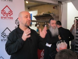 Robert Stearns speaks to a group of young pastors at Meir Panim as part of their trip to Israel with Eagles' Wings (Photo: Breaking Israel News)