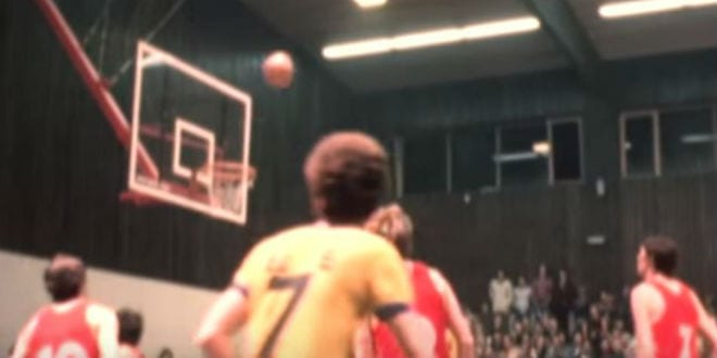 Maccabi Tel Aviv plays against the USSR basketball team in a 1977 game that made Israeli history (Photo: Youtube screenshot/On the Map)