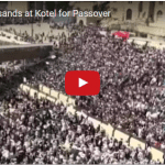 Tens of Thousands Get Priestly Blessing at Western Wall