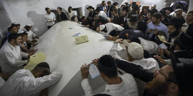 Thousands of Ultra Orthodox Jewish men entered the Palestinian village of Kif al Harat, in the West Bank, accompanied by Israeli soldiers, to pray at the tombs of Yehoshua Ben Nun and Kaleb Ben Yepune, on May 3, 2016. (Photo by yaakov Naumi/Flash90)