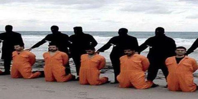 ISIS beheads 21 Egyptian Coptic Christians in Libya, 2015. (Photo: video screenshot)