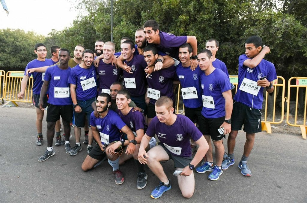 Team of runners at the Druze memorial race. (Courtesy LIBI)