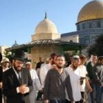 For First Time Ever, Jews Allowed to Pray on Temple Mount as Thousands Ascend for Holidays