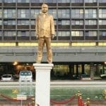 Mysterious Gold Statue of Netanyahu Appears Overnight in Tel Aviv