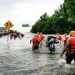Chabad Aids Besieged Houston Jews With Kosher Meals, Clean Water and Shelter