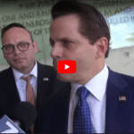 Former Trump Official Anthony Scaramucci 'Incredibly Moved' at Yad Vashem
