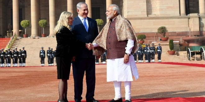Indian PM Modi welcomes PM Mrs Netanyahu a the Presidential Palace