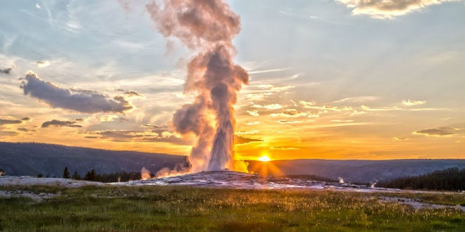 Scientists Argue Whether Yellowstone Super Eruption is Overdue