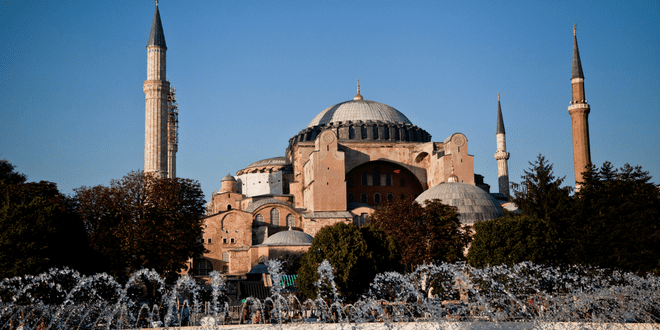 Hagia Sophia and Cathedral of Córdoba: The Jihad Factor